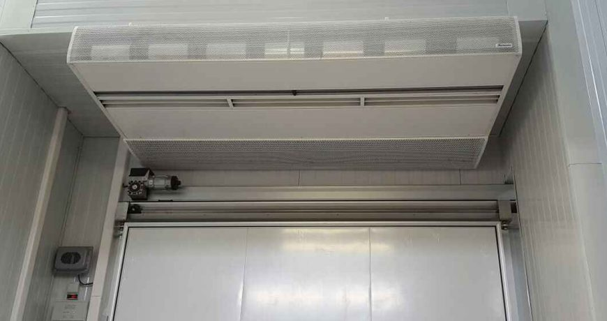 Cortina de aire frigorífica 8
