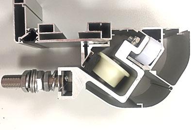 sistema de seguridad anticaída para puertas industriales