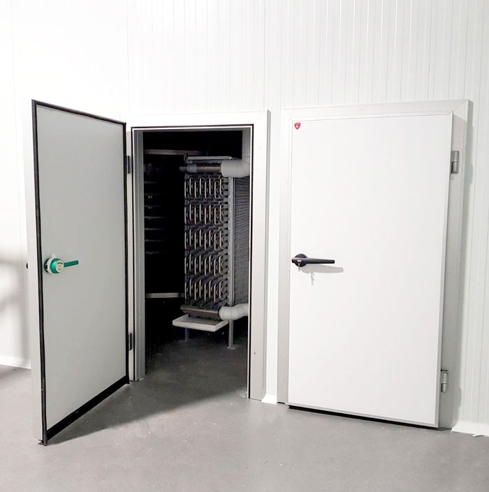 Hinged cold room doors
