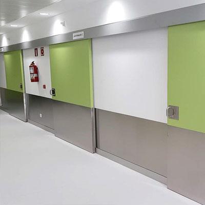 puerta corredera para hospitales