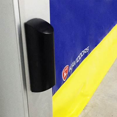 detalle puerta de cámara frigorífica