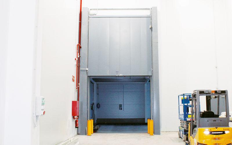 puerta guillotina para cámara frigorífica