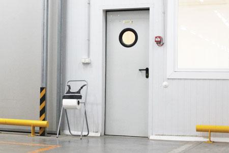 puertas pivotantes cortafuegos