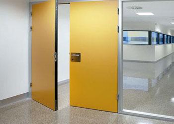 puertas para hospitales y clínicas