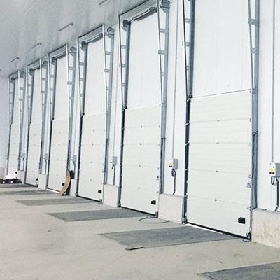 puertas de muelle de carga