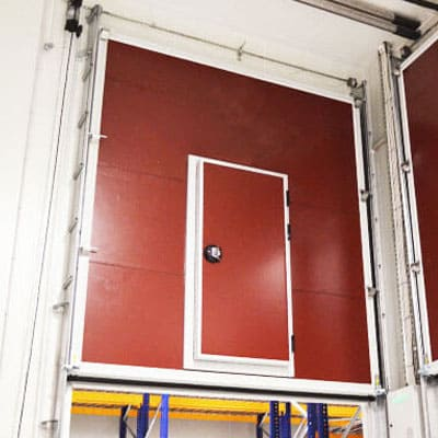 puerta guillotina cámara frigorífica industrial